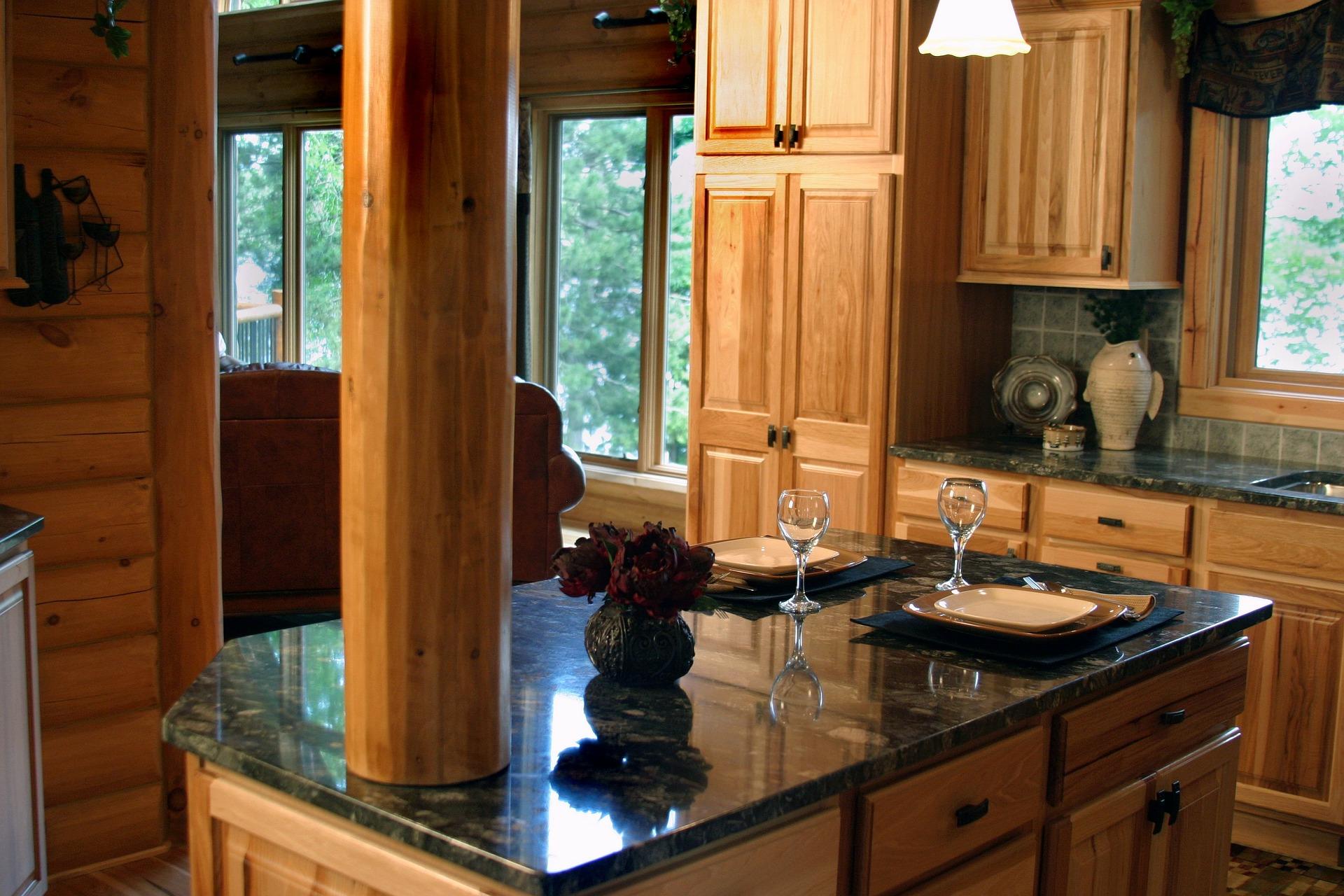 Sort skifer og marmor bordplader, fliser etc. til køkken